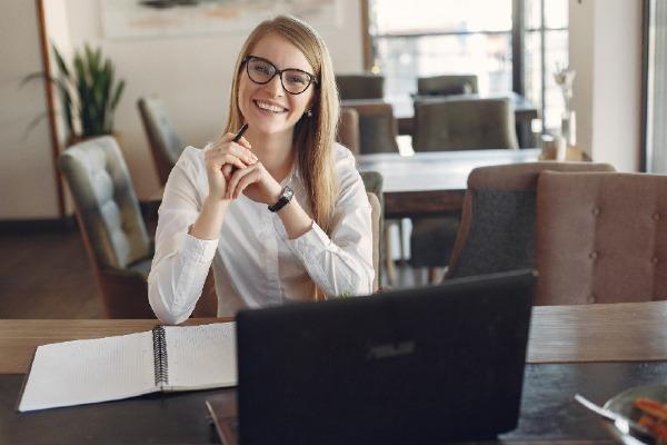 Retrouver le plaisir de faire votre comptabilité avec EZYcount